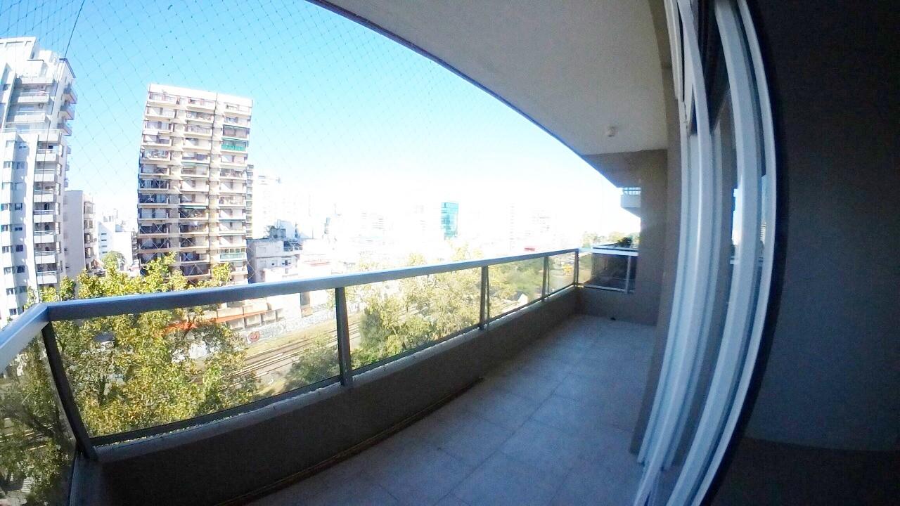 Departamento 2 ambientes con vista abierta, pileta, gimnasio y laundry